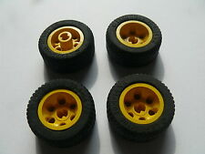 Lego 4 roues jaunes set 5221 4587 6492 2963 / 4 yellow wheels w/ tires