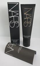 NARS Velvet Matte Skin Tint SPF30 - #Finland (Light 1)