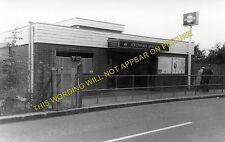 Ickenham Railway Station Photo. Ruislip - Hillingdon. Harrow to Uxbridge. (1)