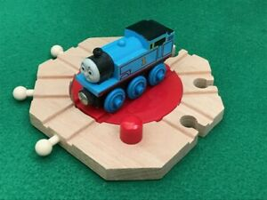 BRIO MECHANICAL TURNTABLE for THOMAS & Friends Wooden Railway TRAIN SETS