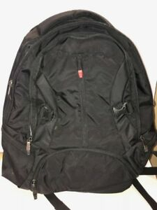 Wenger Swiss Gear ALL Black Laptop THREE POCKETS Backpack - NEW WITHOUT TAGS