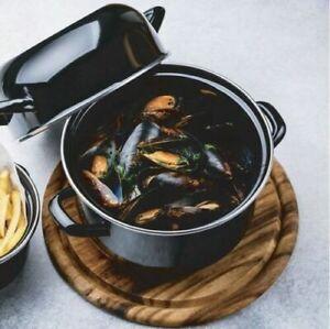 Large Round Black Enamel Mussel Seafood Pot 22cm Oven Dishwasher Safe