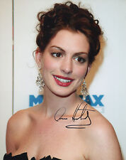 ANNE HATHAWAY Signed 10x8 Photo ALICE IN WONDERLAND & THE DARK NIGHT RISES COA