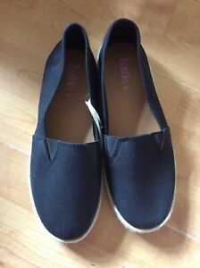 Ladies/mens Black Canvas Esperdrilles, Odd Sizes Right Size 5 Left Size 6 New Sh