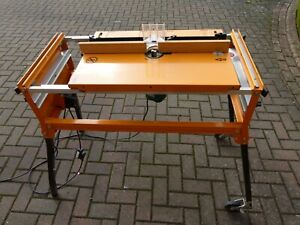 TRITON SERIES 2000 WORKCENTRE / Router & Saw Table