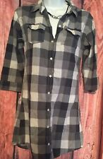 Abercromie Womens Size Medium Black And White Plaid Button Up 3/4 Sleeve Shirt