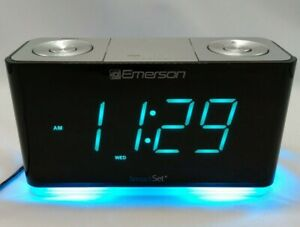 SmartSet Alarm Clock Radio w/Bluetooth Speaker USB Charger for iPhone & Android