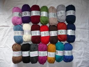 Filzwolle, 100 % Wolle, filzen, Stricken, 23 Farben uni von Gründl,100g = 4,20 €
