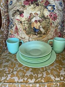 2001 Gibson Elite Jade Coffee Cup Dessert Plate Dinner Plate Bowl Jadeite