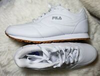 NEW Fila Women's Disarray White Leather Synthetic Sneakers Shoes Size 8.5