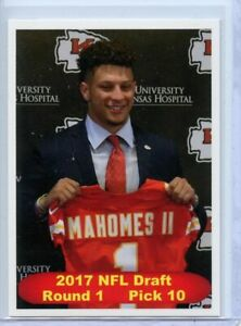 PATRICK MAHOMES 2017 LIMITED EDITION FIRST EVER ROOKIE CARD - IMPOSSIBLE TO FIND