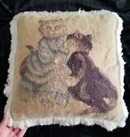 Cat Needlepoint Pillow. Vintage. Wool thread. Handmade. Charming. ♡