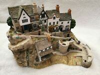 """Lilliput Lane""""Clovelly"""" L2935 Limited Edition of 2000 - BOXED AND DEEDS"""