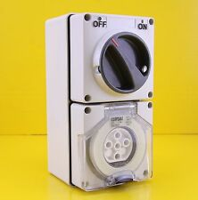 Clipsal 56C520 Switched Socket Outlet 3 Phase 5 Round Pin 20A 500V 3P M150 IP66