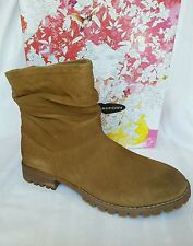 CHINESE LAUNDRY women's boots, Flip, burnished dark camel size 8.5/39 leather