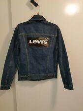 Levis mens Denim jacket blue W/ Levis Logo Sz. S. New.