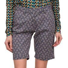 PERFECTION Bermuda Shorts Size 42 Stretch Paisley Pattern Turn Up Cuffs Zip Fly