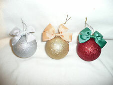 SET OF 3 LUXURY CHRISTMAS JEWELLERY BAUBLES.FIFTH NYC NECKLACES.RRP £60.75% OFF