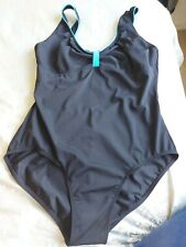 New listing WOMENS SWINMING COSTUME SIZE 18 USED EXCELLENT CONDITION