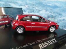 1/43  Norev  (France) Renault Megane Coupé  Sport DYNAMIQUE 2.0 16V  2003