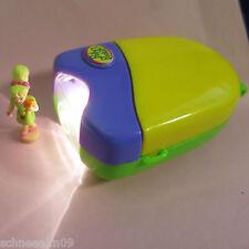 Mini Polly Pocket Taschenlampe mit Schlafzimmer Licht Figur mit Teddybär .