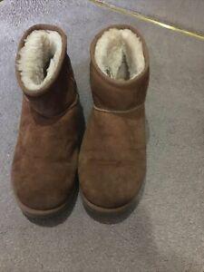 Ugg Boots Size 7.5 UK