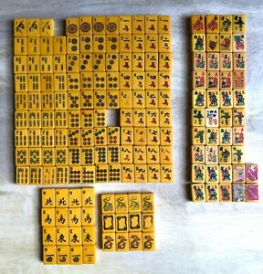 Lot of 176 Vintage Mahjong Bakelite Tiles FLOWERS Resale Replacements Jewelry