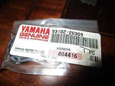 Yamaha RD 500 250 350 oil seal new 93102-20309