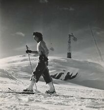 ALPES D'HUEZ c. 1938 - Skieuse Remontée mécanique Isère - NV 480