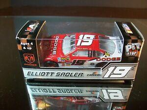 Elliott Sadler #19 Dodge Dealers 2007 Dodge Charger  M.A. 1:64