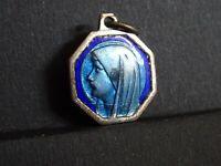 medaille religieuse Enamel Marie Blue container  2.2 x 1.8 cm  MR 0449