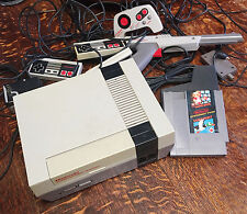 Nintendo VTG NES Game System with 3 Controllers, Zapper, RF Adapter, 1 Game