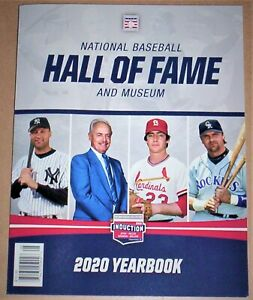 2020 Baseball Hall of Fame Yearbook Derek Jeter PLUS HALL OF FAME PLAQUE CARD !!