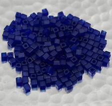 10g de cubes Mijuki 3 mm Matte Transp Cobalt ref 151F