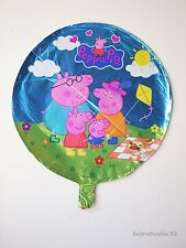 """Peppa Pig with Daddy Pig, Mummy Pig and George round foil balloon 18"""" (45cm)"""