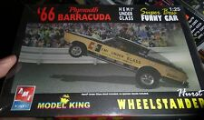 AMT 1966 PLYMOUTH BARRACUDA HURST HEMI UNDER GLASS 1/25 Model Car Mountain FS