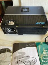 Acer P 1165 DLP Projektor für Heimkino oder Büro Videokonferenz uvm
