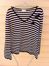 STYLISH QUEENSPARK BLACK/WHITE STRIPED LONG SLEEVE TOP SIZE: XL  NEAR NEW