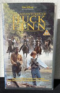 Walt Disney Pictures The Adventures Of Huck Finn (VHS/SH, 1995) Video RARE