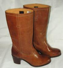 Frye Pull on Cowboy  Boot Size 9B  Tan    NEW