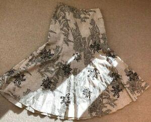 Carlisle Women 2 Skirt Linen Print Beige Brown Flare Bottom -Lined, embroidered