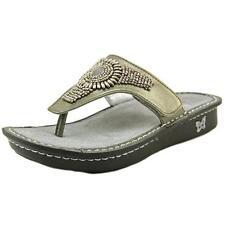 Women's Sandals & Flip Flops