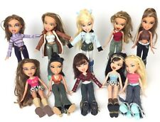 Lot of 10 Early Bratz Girl  Dolls w/ Clothing Outfits + Shoes/ Feet 2001