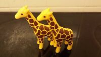 playmobil 123  zebra giraffe elephand lion lioness lady man doves and bits