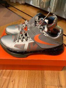 Nike KD 4 Galaxy Size 9