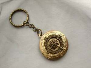 bronze Compass Keyring Locket,  Boyfriend Husband Dad Friend Gift, Travel Guide
