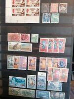 Album à bandes 16 pages dont 6 timbres colonies et Polynesie #22