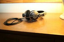 AKG K172 HD High-Definition Headphones rarely used