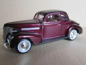 563M MOTORMAX 68034 Chevrolet Coupé 1939 Burgundy 1:24