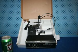 SoundArt SPLL-16LH UHF Wireless Lapel/Headset Microphone System